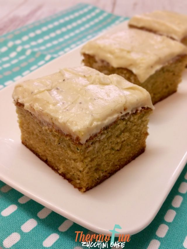 I first published this recipe in April 2014. A few weeks ago in the Thermofunkies Members facebook group we were talking about this recipe. Jenenesaid thisalso works with zucchini and carrot OR just 200gcarrots! Jenene also reduces the sugar to 180g. Emma another member, said she likes to add a tsp of cardamom too! I'd...