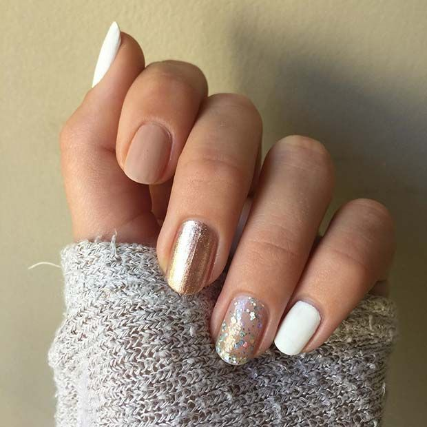41 Glamorous NYE Nail Ideas You Need to See