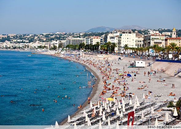 The French Riviera is many travelers' dream destination: a place for lying out on a sun lounger with the jet set, sipping cocktails brought out by uniformed waiters while the Mediterranean ocean laps at the sand. The iconic south-of-France beach vacation isn't far away at these popular beaches on the Cote d'Azur of France.