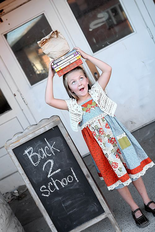 Back to school photo session idea. {Photoshoot/ Child Photography} {Props}
