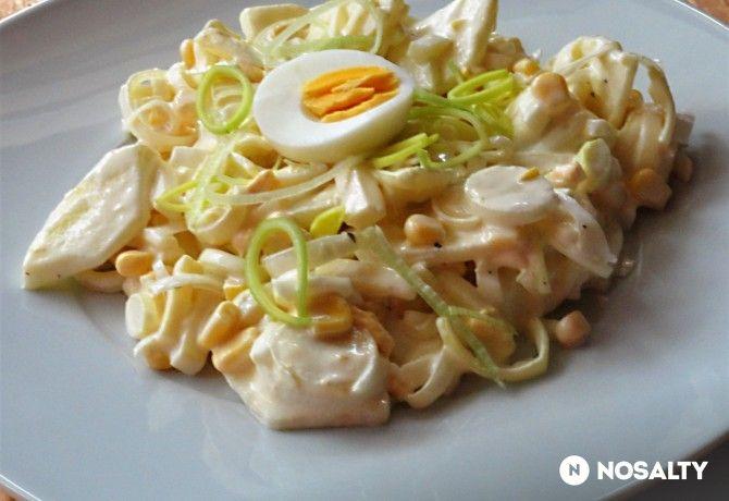 Almás póréhagyma-saláta Glaser konyhájából