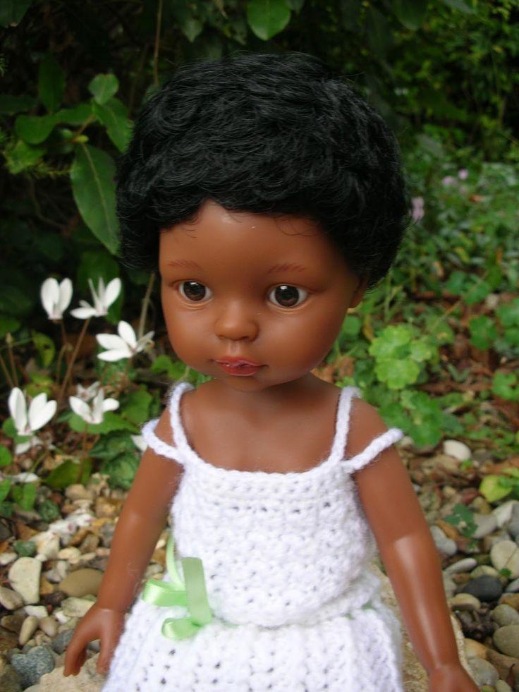 Réalisation de Line à partir de mon livre Le dressing de ma poupée