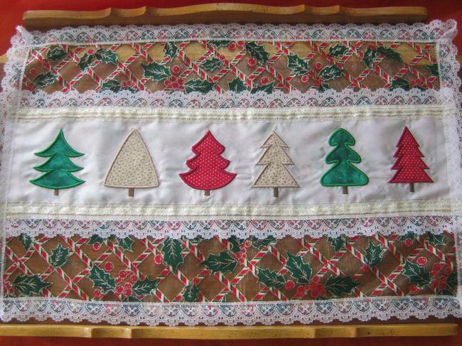 EWV007 – Applique Christmas Trees