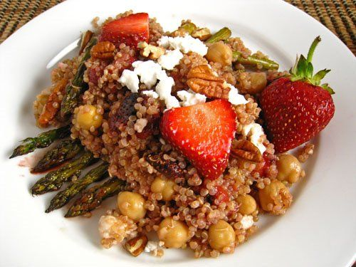 roasted strawberry & asparagus quinoa salad.