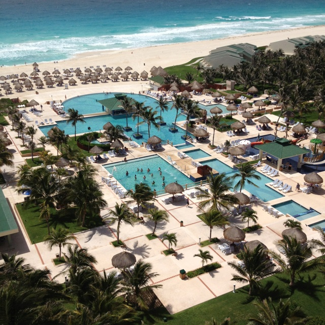 Iberostar Hotel In Cancun Mexico Stayed Here On Our 10th Wedding Anniversary