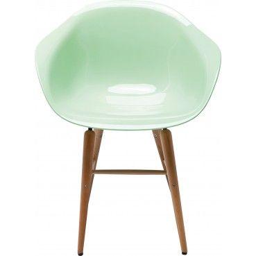 Cette #chaise est un beau compromis entre modernité et rétro. Paradoxale ! La belle trouvera parfaitement sa place dans n'importe quel intérieur. Chaise avec accoudoirs Forum #mint Kare #Design