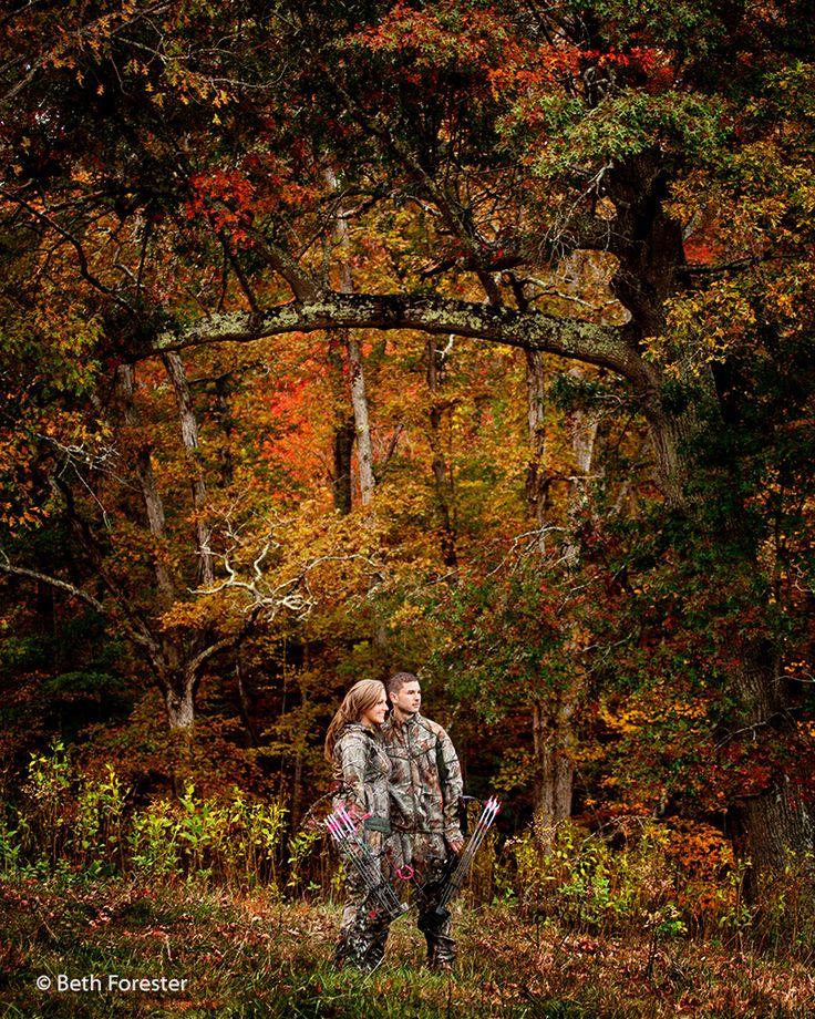 #hunting #couple #engagementhuntingphoto  Engagement photo of hunting couple