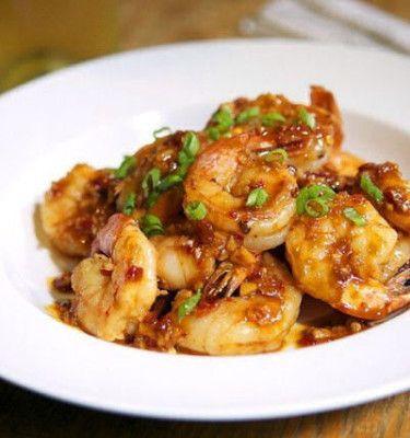 Shrimp with Spicy Garlic Sauce recipesquickneasy.com