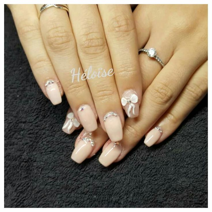 Nails art 3d, nude,  swarovski