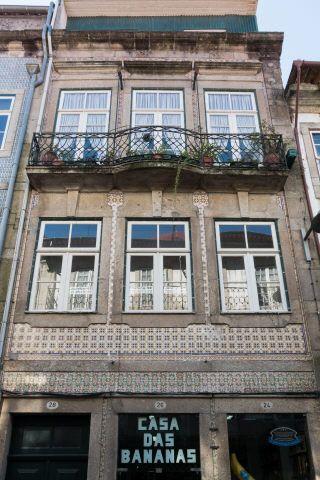Braga | Rua do Souto, n.º 24-28 [© Libório Manuel Silva] #Azulejo #AzInfinitum #ILoveBraga