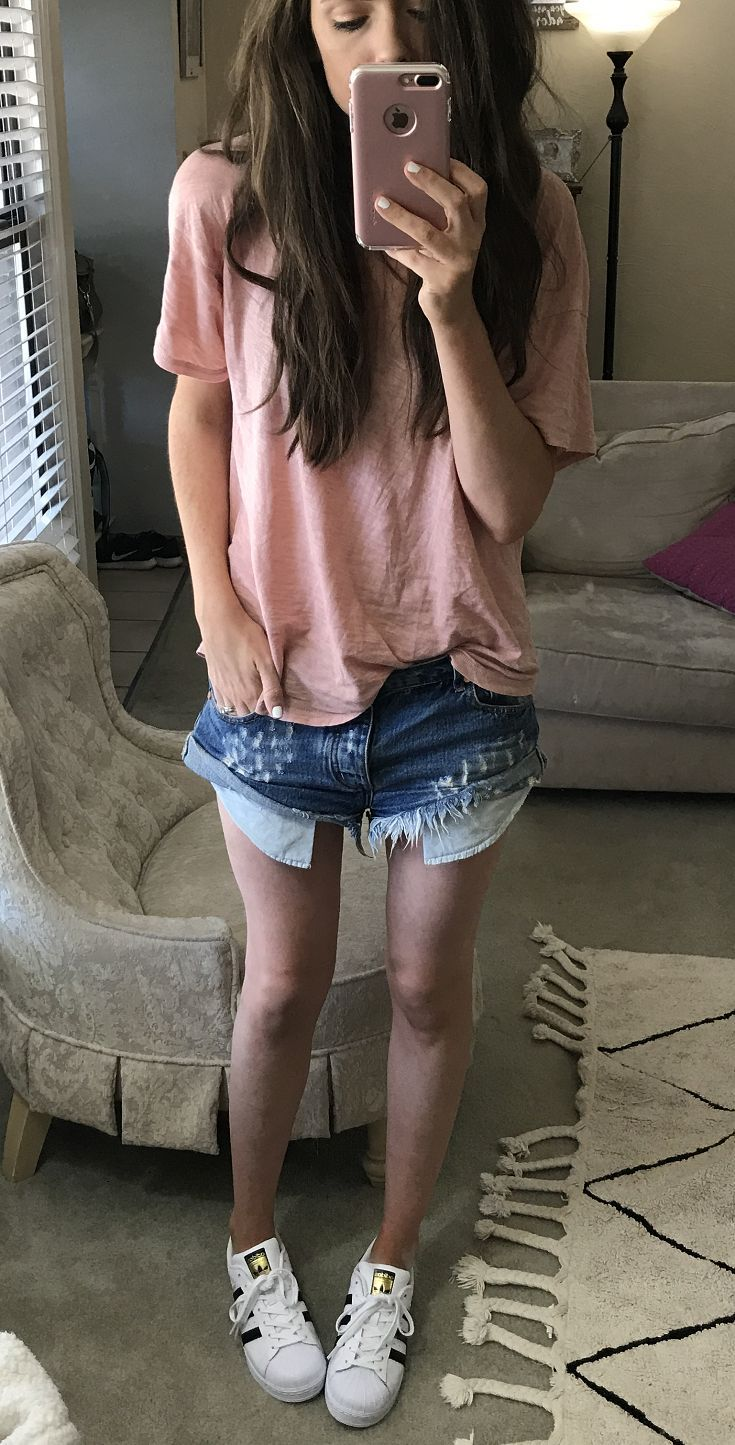 Easy summer uniform: cutoff jean shorts, a t-shirt and sneakers | summer fashion for women | summer fashion | summer style ideas | summer outfits | warm weather fashion | what to wear for summer | how to style cut-off shorts | how to style cut offs | how to wear cut-off shorts || Katie Did What