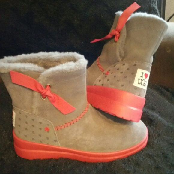 UGG boots Brand new UGG australian boots UGG Shoes Winter & Rain Boots
