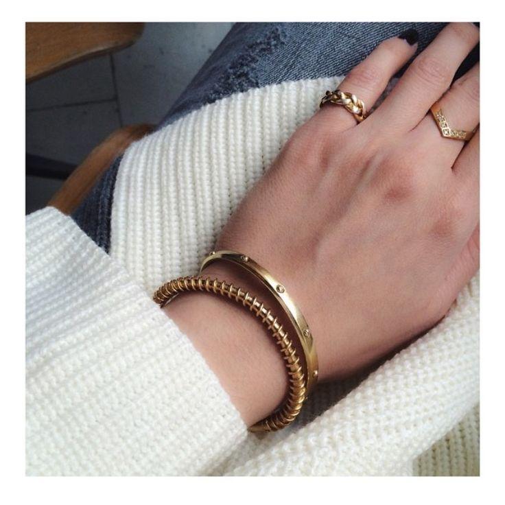 Golden bracelets  JEWELRY >> http://www.janekoenig.com/bracelet.html