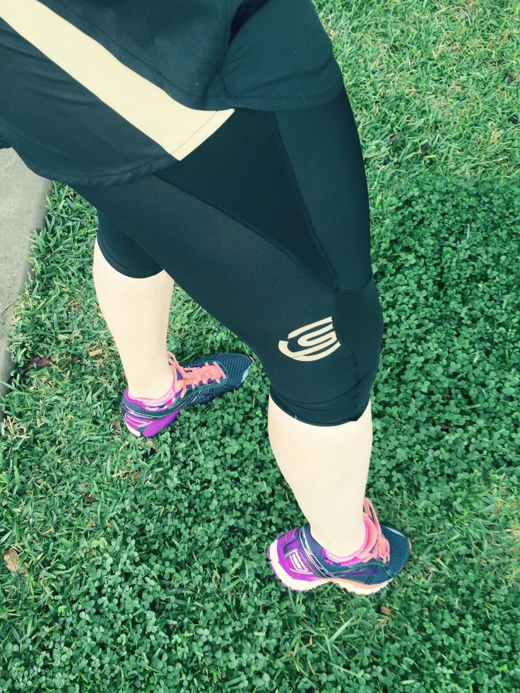 The A400 tights and matching shorts got me through a very long run this morning! Feeling awesome...and sore.