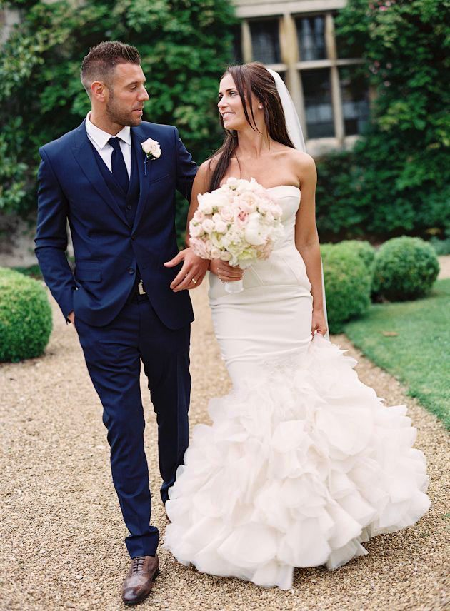 Romantic English Wedding   Depict Photography   Bridal Musings Wedding Blog