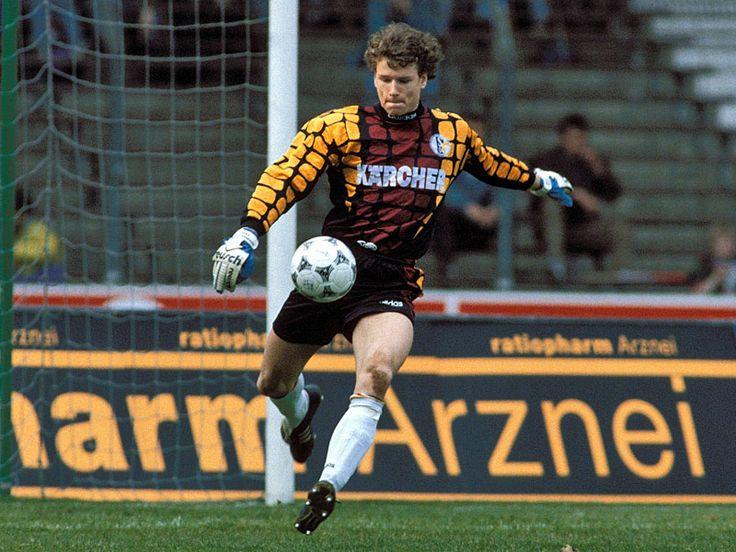 Jens Lehmann (FC Schalke 04, 1988–1998, 274 apps, 2 goals)