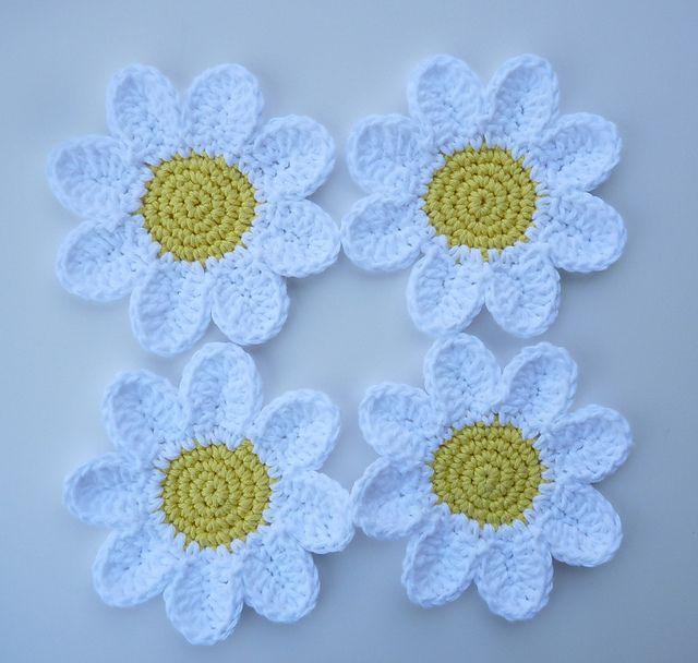 Crochet Daisy Coasters Free Pattern                                                                                                                                                                                 More