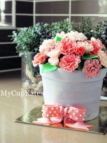 MyCupKates - Cakes, Cupcakes & Cookies: Flower Pot Cake (