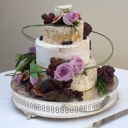vineyard wedding cake made of cheese    http://thingsfestive.blogspot.com/2012/10/wedding-cakes-made-especially-for-wine.html