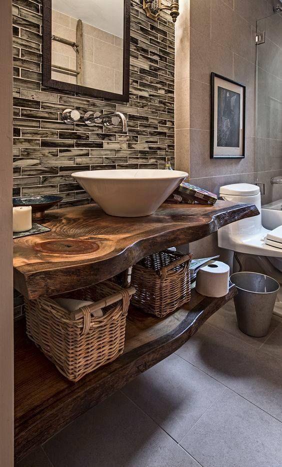 50 Stunning Farmhouse Bathroom Vanity Decor Ideas 32 – Home Design Rustic Bathroom Designs, Rustic Bathroom Decor, Modern Farmhouse Bathroom, Rustic Bathrooms, Rustic Farmhouse, Farmhouse Style, Small Bathrooms, Rustic Wood, Farmhouse Ideas