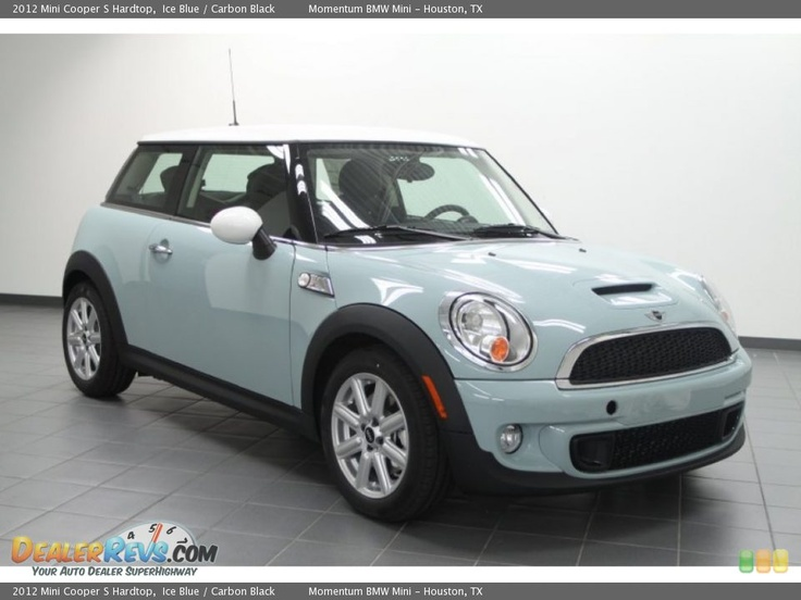2013 Mini Cooper Hardtop Ice Blue /   my new baby!!