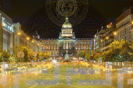 Vyhraj noc v VERSACE Wences' square 300m • 70m2 v Praha na Airbnb!