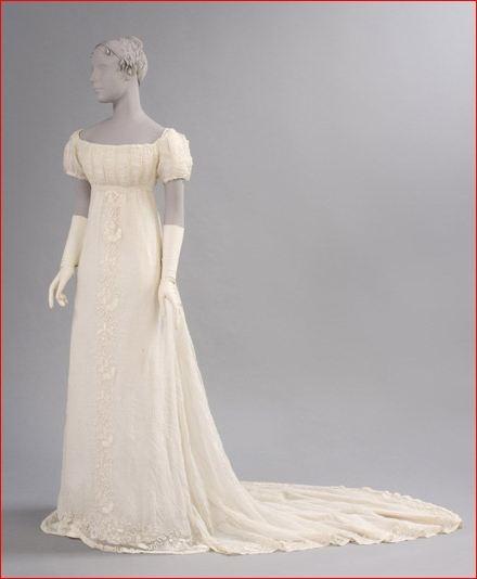 Sheer Cotton Plain-Weave Dress with Train, c. 1800.