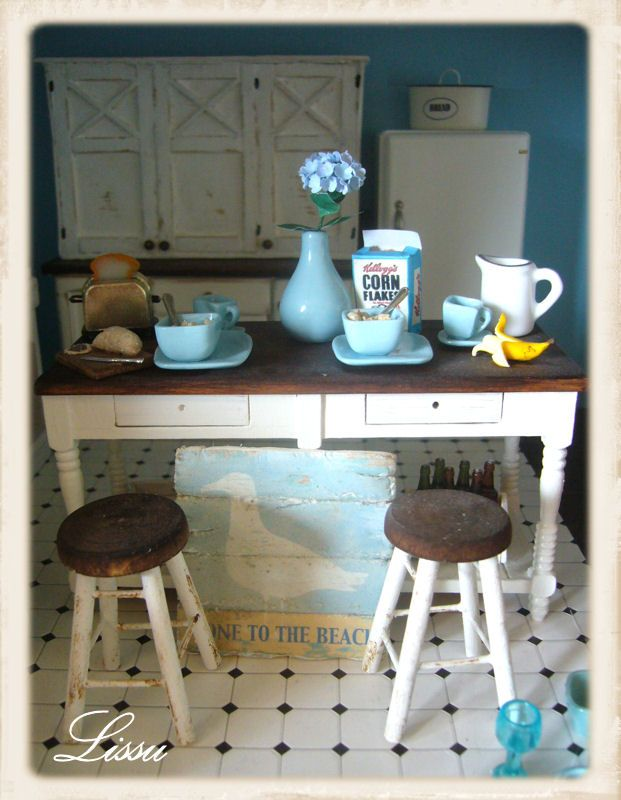 Miniature Cottage Kitchen Island Stools Cereal Coffee Breakfast Bar