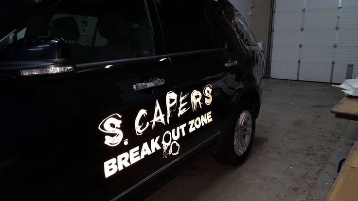 Love the look of the reflective graphics on this vehicle, by Speedpro Imaging Oshawa!