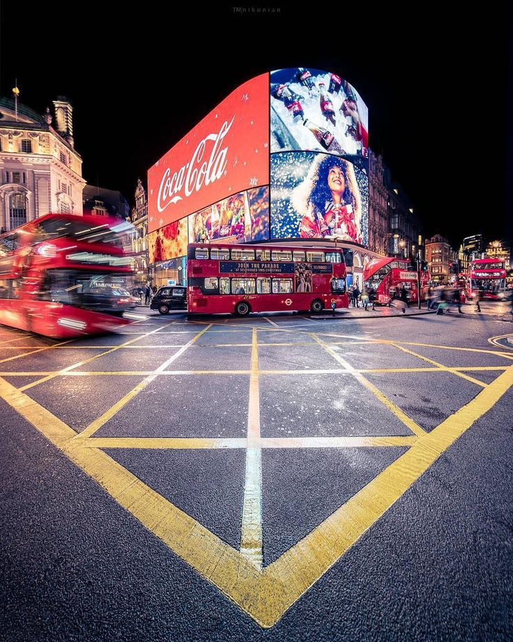 Piccadilly Circus,Westminster