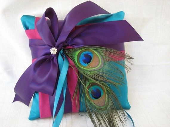 Peacock Pillow: Peacock Feathers, Peacock Rings, Ring Bearer Pillows, Colors Wheels, Rings Bearer Pillows, Peacock Pillow, Throw Pillows, Peacock Colors, Rings Pillows