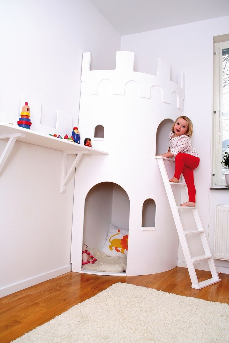 78 best images about castle themed rooms for boys on for Castle kids room