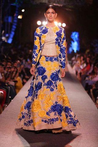 Manish Malhotra at Lakmè Fashion Week | VIVA-LUXE #FashionWeek