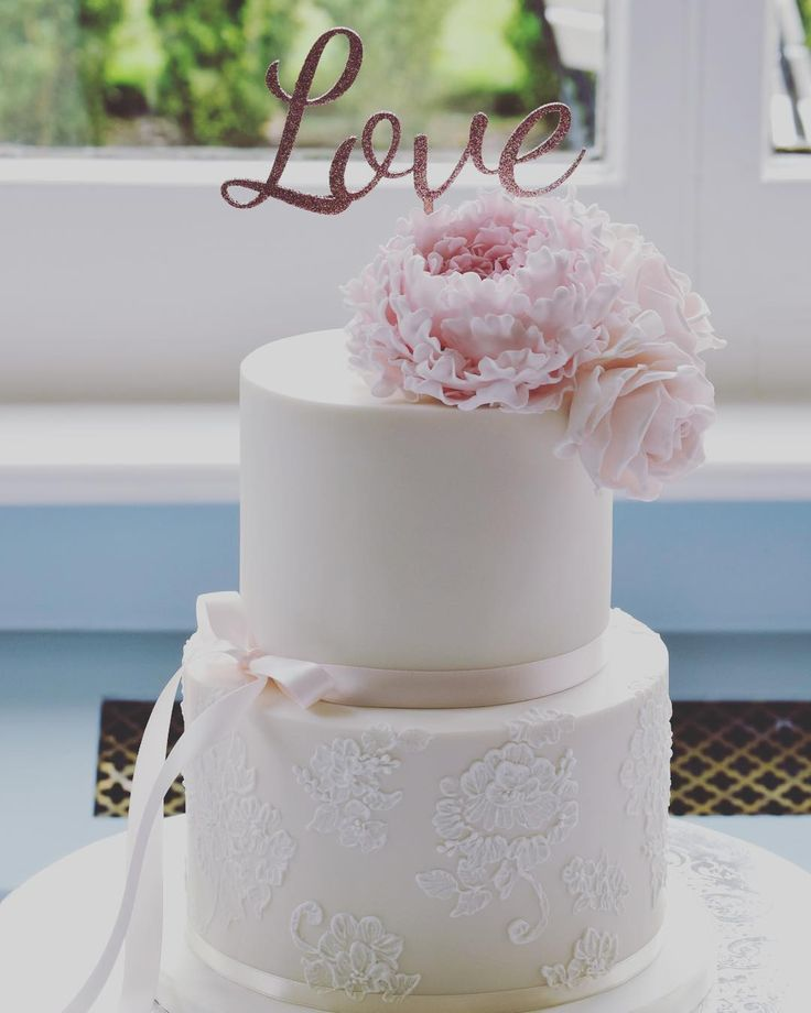 Best Two Tier Cake Ideas On Pinterest Tiered Cakes Fondant