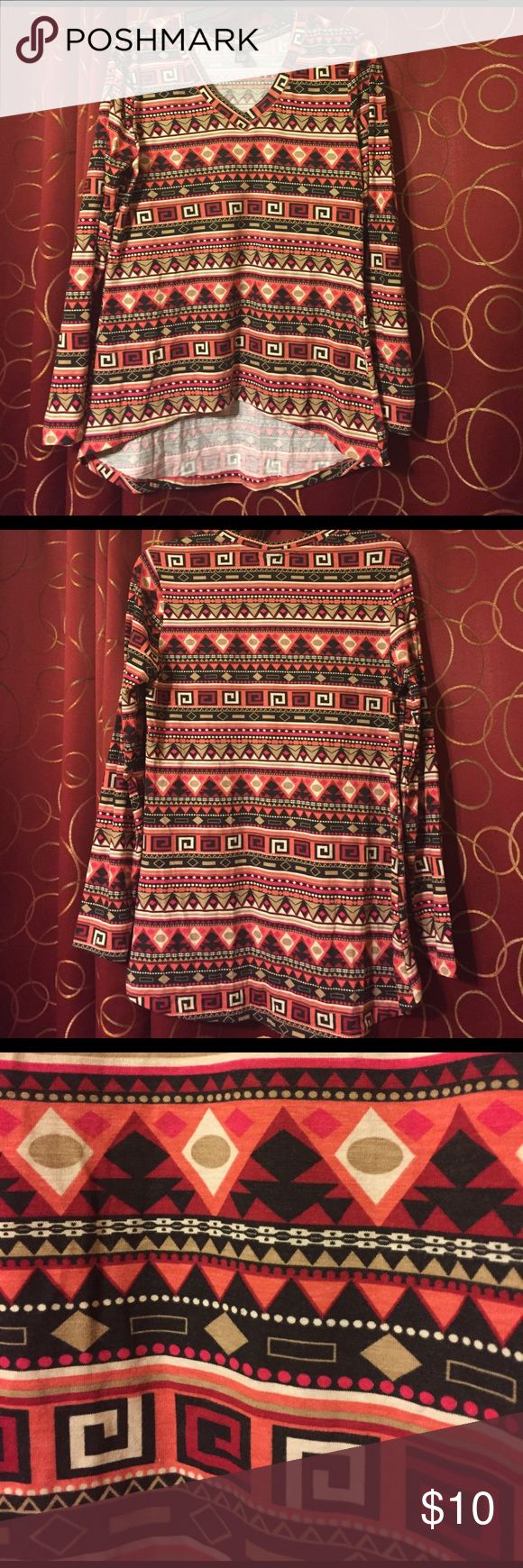 Women's Rue 21 boho/Aztec long sleeve top XL Back is longer. Soft and flowy. Rue 21 Tops