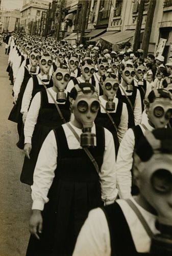 #Masao Horino #Gas Mask Parade #Tokyo #1936-1939