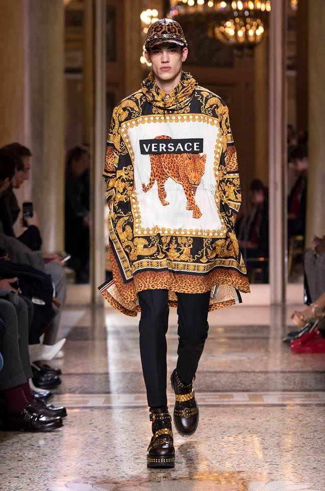 Versace Fall 2018 Menswear Collection  48c529e966f