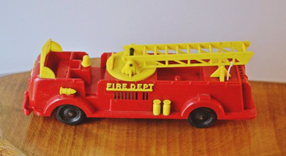 Reliable Fire Truck Key Wind Fire Truck Wind Up Toy Vintage