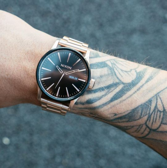 Nixon Sentry SS - rose gold - black face - stainless steel ...