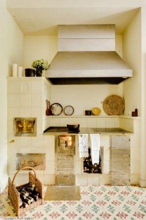 Płytki cementowe Articima nr 221 w kuchni i salonie.