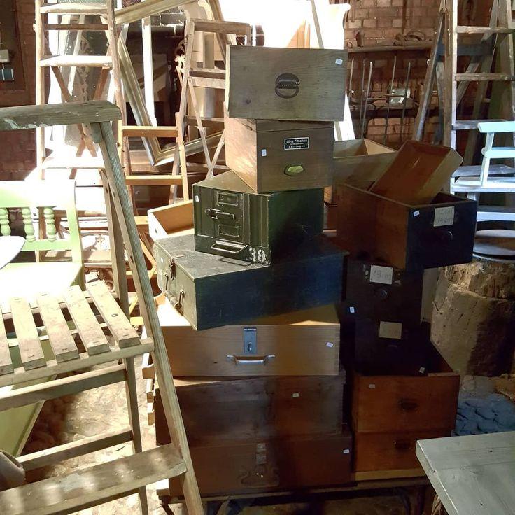 Kisten, Kästen,Leitern…. #antique #antikmöbel …