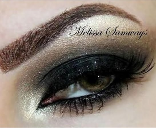 This can also be replicated for about 20 bucks with the Bare Minerals Rocks Star Tutorial Kit....if you can find it