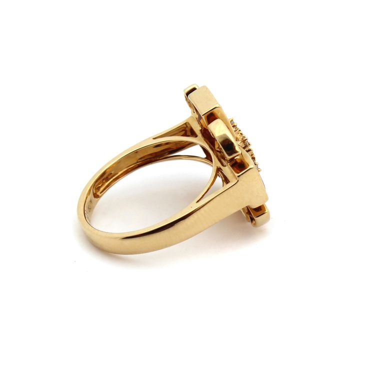 SACRED FLOWER RING   The ring is made from 18kt yellow gold diamonds and citrine.   Citrine is a beautiful honey coloured golden gemstone that complements all skin tones.