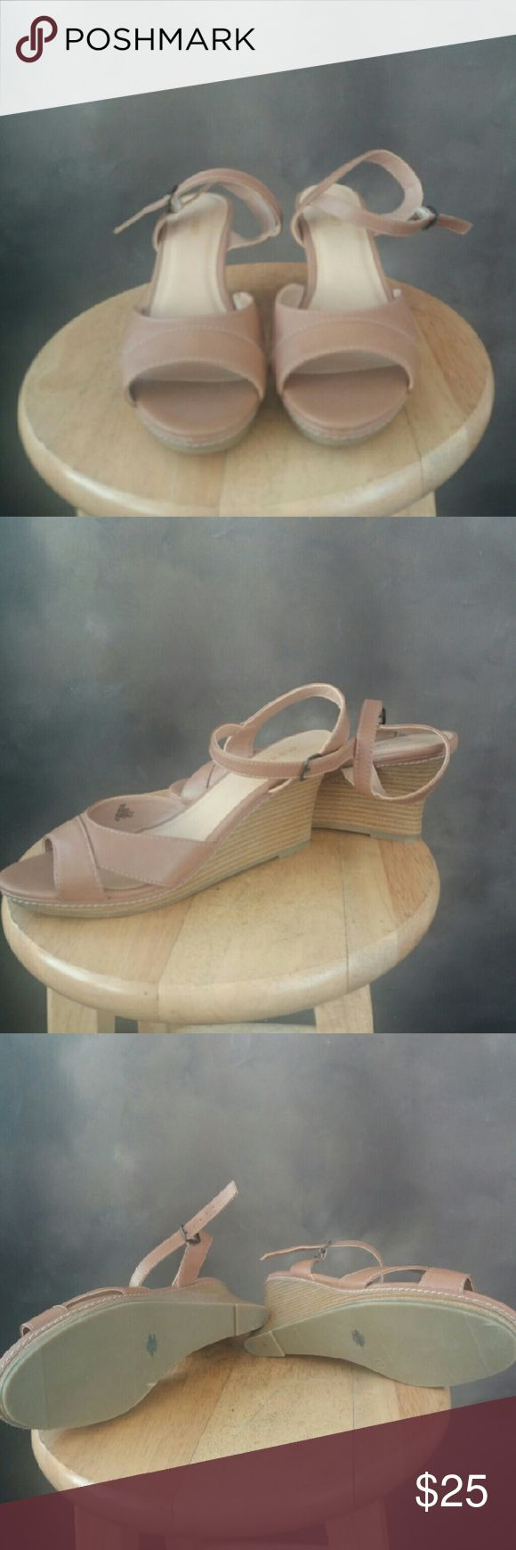 NWOT Cute Old Navy wedge sandals Cute wedge sandals  Size 9 Never worn. Just took tags off. Old Navy Shoes