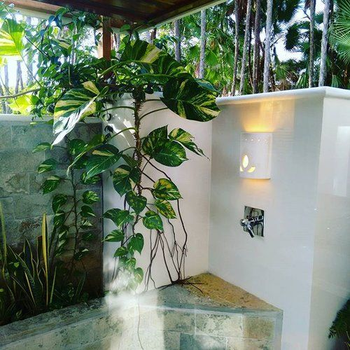 Here in Belize, we like to live outside. This is the outdoor shower of the Studio Beach Houses at Naia Resort and Spa.  #Travel #Belize #spa #Naia #traveltuesday #getoutside #outdoorshower #outside #cocoplumluxuryproperty #naiaspa #sedonaspa #beach #vacation #luxury #Sabrewingtravel #massage #Caribbean #beachvacations #relax #travelbelize #mayabeach #paradise #tropical #SabreWingTravel #BelizeVacations #BelizeTravelAgent