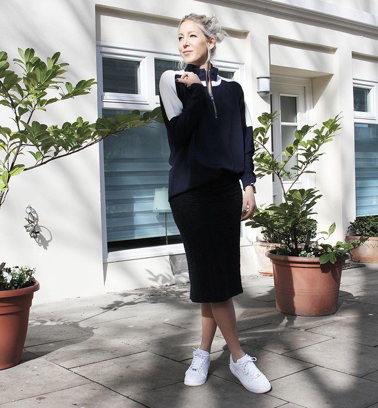 Sporty Spring #ganni #nikeairforce1 #streetstyle #bloggerstyle #fashionblogger #whiteblonde #hamburg #topshop #minimal