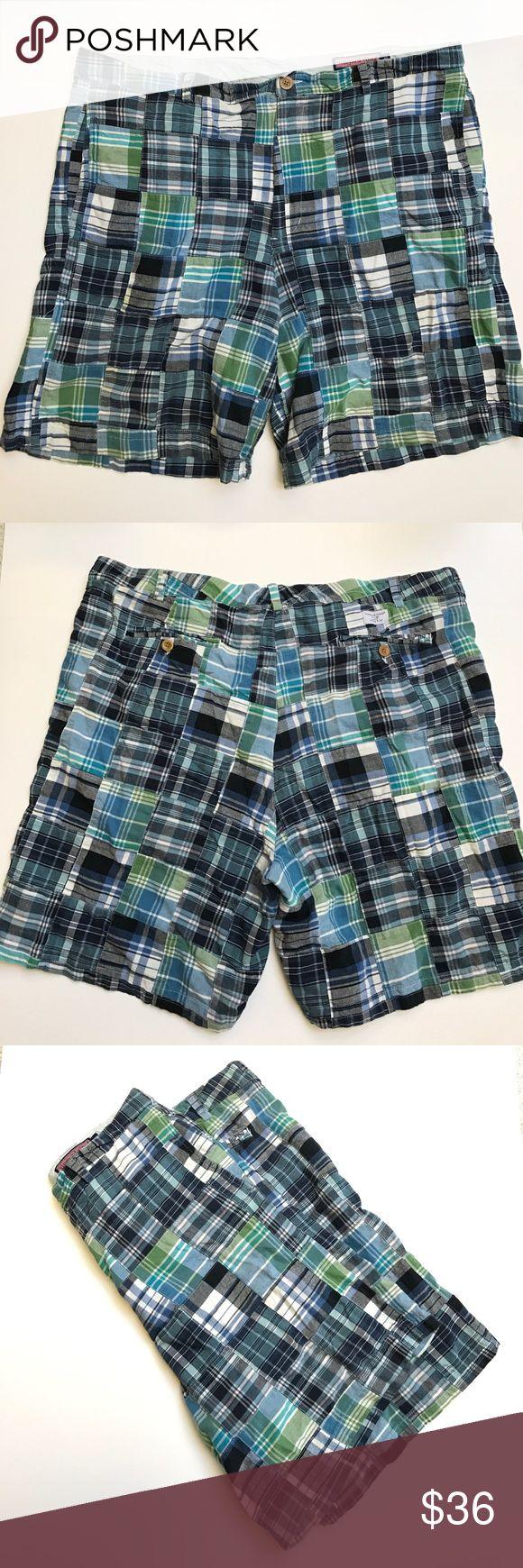 "Vineyard Vines Blue Plaid Cotton Shorts Size 40 Vineyard Vines Blue Plaid Cotton Shorts Size 40 Pre-owned; Slight stain inside of waistline. Smoke free home. Inseam: 8""; Outseam: 20""; Waist: 40 Vineyard Vines Shorts Flat Front"