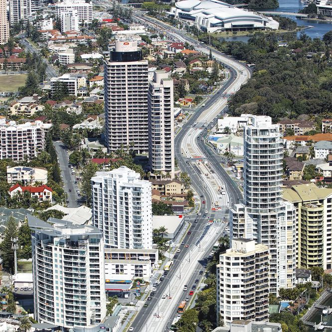 Five Reasons Why You Should Invest in Gold Coast Apartments