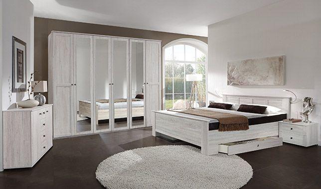 Chambre adulte complète CHALET coloris chêne blanc: http://www.basika.fr/meuble-chambre-adulte-complete.htm