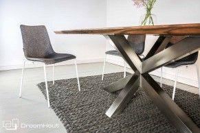 Wow | Wooden table | Interior idea | Woontrend